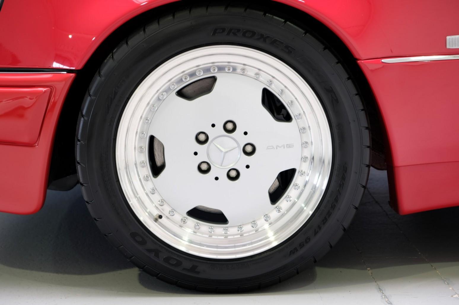 Op Zoek Naar Een 1995 Mercedes E 60 Amg W124 Signaalrood Bij